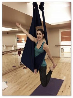 Aerial Yoga © www.naturalhighmag.com