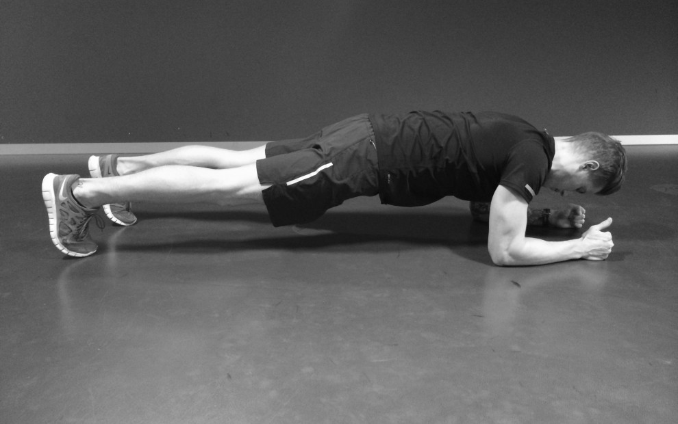 day#1_plank_bw